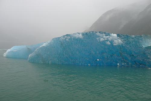 14-blue-icebergs